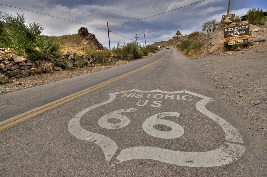 2016 07 Route66AZ Road paint